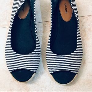 Striped open toe flats